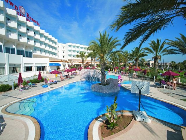 Crown Resorts Horizon Hotel Cyprus