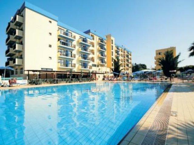 Kapetanios Bay Hotel Cyprus