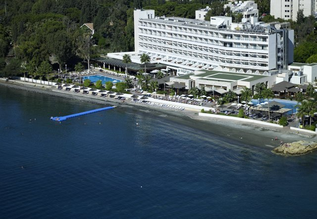 Atlantica miramare limassol cyprus hotels for Miramare beach