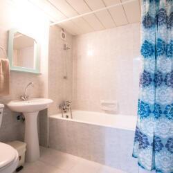 Debbie Xenia Hotel Apartments Bedrooms