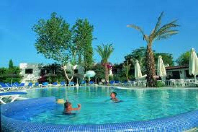 Restaurants Near Paphos Gardens