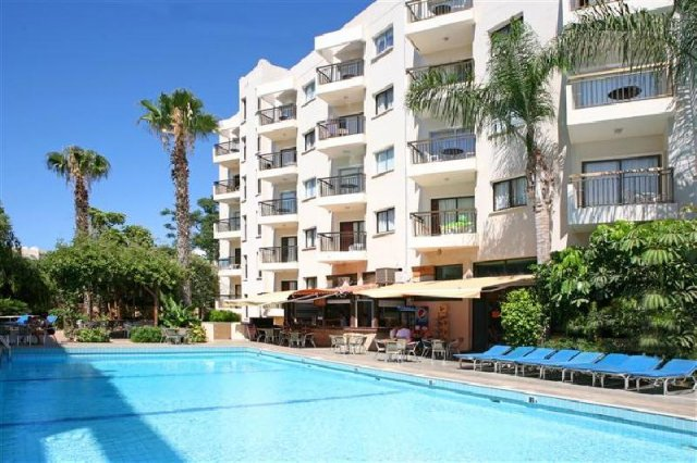 hotels apartments: