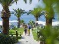 Mediterranean Beach Hotel : beach gardens