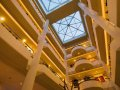 Mediterranean Beach Hotel : the atrium